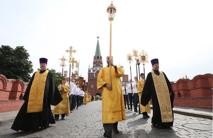 Крестный ход в День крещения Руси, Москва, 28 июля 2017.