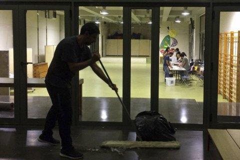 В Каталонии оценили ущерб, нанесенный школам полицией в день референдума