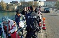 Германия примет около 10 тысяч беженцев