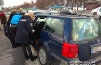 Полиция задержала грабителей, отобравших у водителя 300 тыс. гривен в пробке на проспекте Лобановского в Киеве