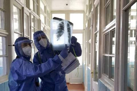 Лікарні заповнені пацієнтами з COVID на 18% - ЦГЗ
