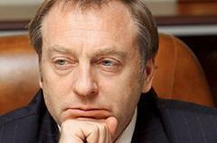 Менять Конституцию можно и без референдума, - Лавринович