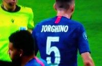 """Лидер полузащиты """"Челси"""" весь матч за Суперкубок УЕФА отыграл в футболке с неправильной фамилией"""