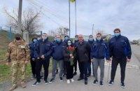 """Моряки із затонулого судна """"Волго Балт 179"""" повернулися в Україну"""