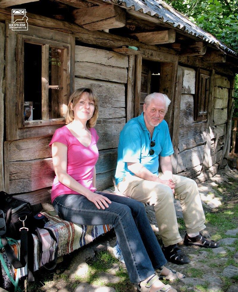 Михайло Сирохман та Олена Крушинська під час спільної експедиції на Іршавщину. 2016 р.