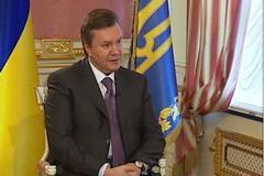 Янукович: мы все должны привыкнуть жить по закону