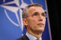 Генсек НАТО пообещал Порошенко политическую и практическую поддержку