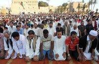 В Катаре ввели штрафы за работу во время пятничной молитвы