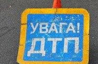 В Днепропетровске «мерседес» врезался в «скорую» - погибла врач