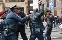 Кількість затриманих у Єревані перевищила 230