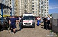 В ходе стрельбы на автостоянке в Киеве ранен сотрудник СБУ
