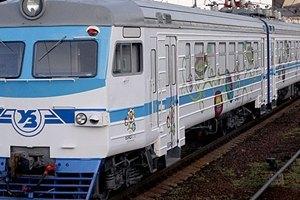 """""""Укрзализныця"""" хочет 10 млрд грн на новые поезда и вагоны"""