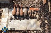 У Луганській області знайшли два схрони зі снарядами