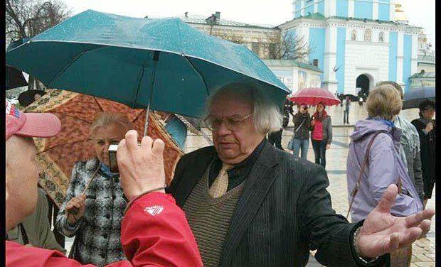 Иван Драч на митинге в поддержку Андреевского