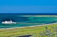 На острові-заповіднику в Чорному морі застрягли триста відпочивальників