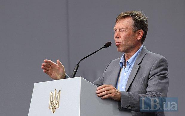 Руководитель фракции Батькивщина и автор законопроекта об оккупированной территории Сергей Соболев