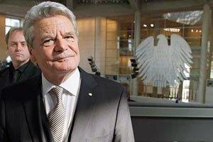 Президент Германии просит Януковича помиловать Тимошенко