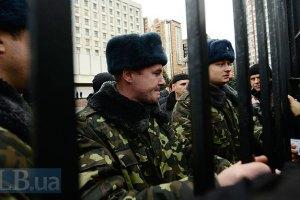 Переход на контрактную армию переносится еще на три года