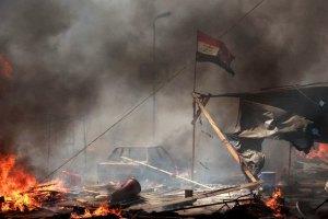 В Каире демонстранты жалуются на обстрел из вертолетов