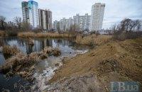 Озеро с утятами на Позняках вновь засыпают землей