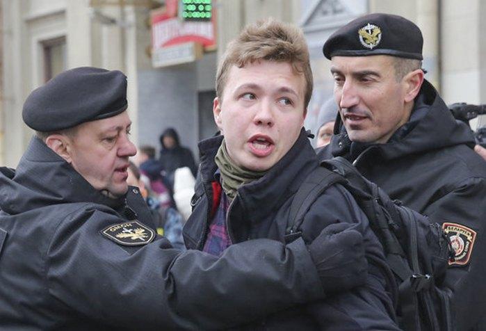 Затримання журналіста Романа Протасевича під час роботи на мітингу в Мінську, 26 березня 2017 р.