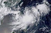 Авиакомпании отменили более 350 рейсов из-за тайфуна на Тайване