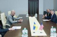 Яценюк встретился с послом США Тейлором
