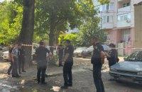 В Одесі чоловіка застрелили у дворі багатоповерхівки