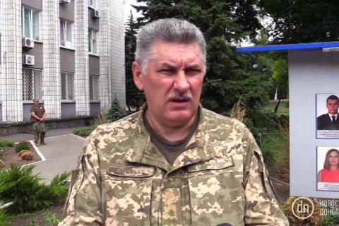 Заступник командувача ООС відмовився коментувати присутність машини голови ДОДА поруч з розстріляною біля Гранітного вантажівкою