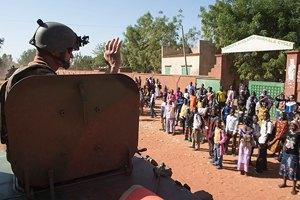 Жители Мали массово покидают районы боевых действий
