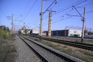 В России начали строить железную дорогу в обход Украины