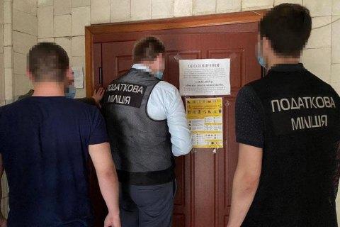 Податкова міліція прийшла з обшуком до замовника будівництва Подільського мосту