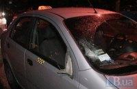 В Киеве на Троещине пешехода-нарушителя сбил автомобиль и переехала маршрутка