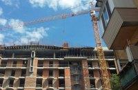 Киевсовет дал застройщику месяц на снос лишних этажей скандальной многоэтажки на Гончара