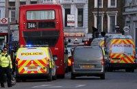 У Лондоні чоловік з ножем напав на перехожих, є постраждалі