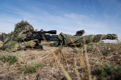 С начала суток враг 6 раз нарушил перемирие на Донбассе, погиб военный