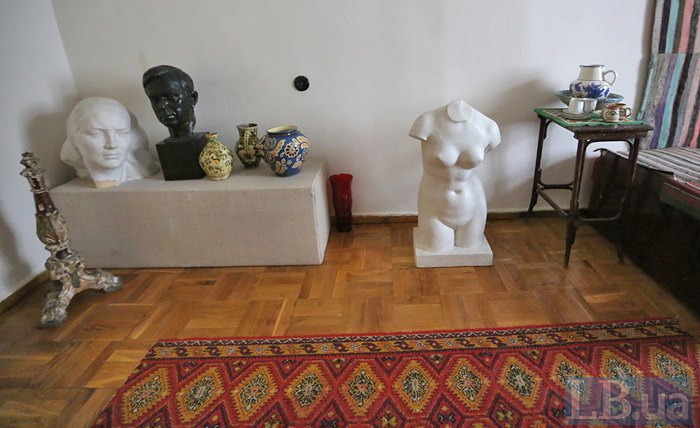 Меморіальний кабінет і майстерня Миколи Глущенка