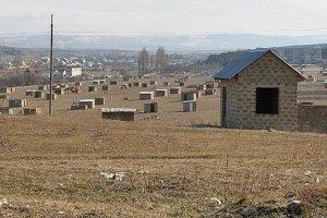 Кримських татар закликають звільнити частину земель