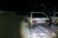 В Одесской области две 18-летние девушки катались на санях, привязанных к машине и попали в ДТП