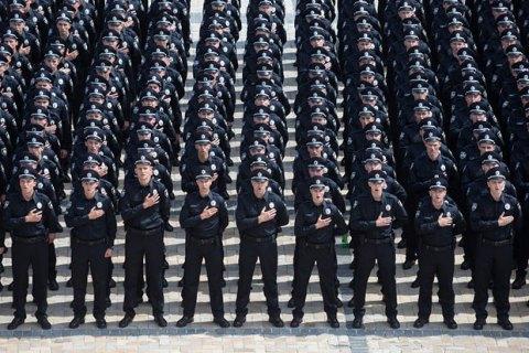 Центр Києва патрулюють близько 3500 поліцейських і нацгвардійців