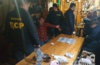 На Волыни главу сельсовета задержали при получении $6 тыс. взятки за выделение земучастка