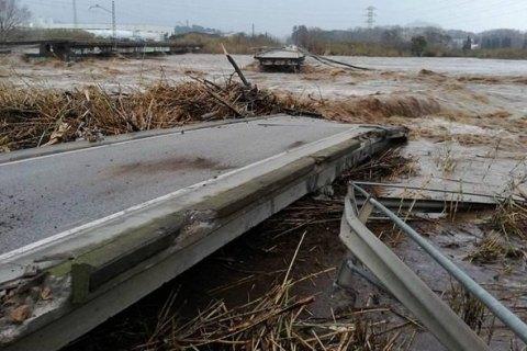 """В Іспанії через шторм """"Глорія"""" загинули 9 осіб"""