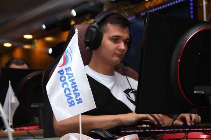 """Турнір з """"Counter-Strikе"""" в окупованому Донецьку"""