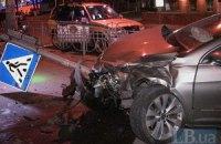 Страшна ДТП у Києві: мікроавтобус розчавив пасажирку, яка вилетіла через вікно
