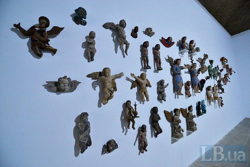 Эти объекты - частично из коллекции Павла Гудимова, частично - из музея Гончара