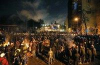 Янукович видит иностранных преступников в рядах протестующих