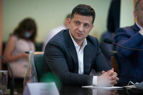 """Зеленський вважає, що через курс гривні підприємства """"недоотримали мільйони і закрилися"""""""