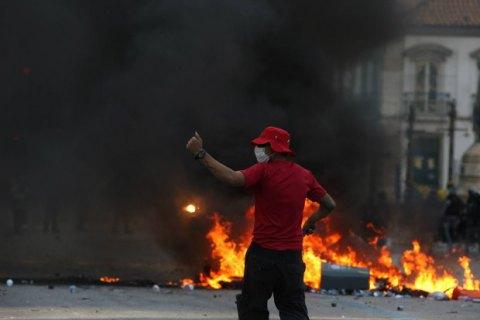 У Ріо-де-Жанейро акція протесту обернулася заворушеннями