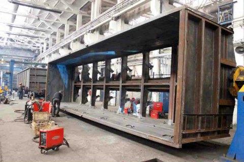 Работники Попаснянского вагоноремонтного завода просят Омеляна помочь им продлить аренду с УЗ