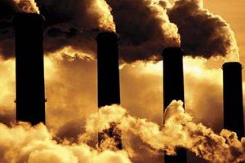 """""""АрселорМіттал Кривий Ріг"""" за забруднення повітря оштрафували на рекордну суму"""